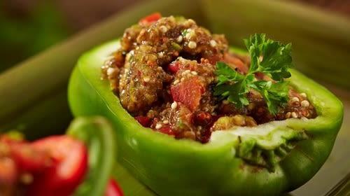 Chai Chili Füllung in grüner Paprika (vegan)
