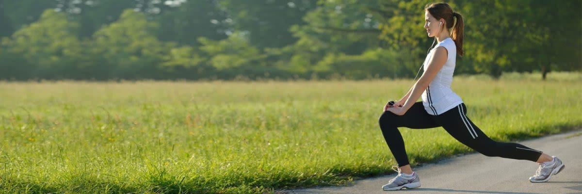 vrouw in groen park