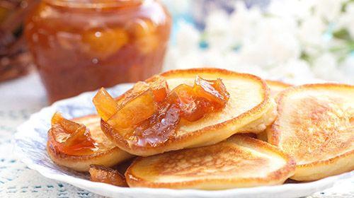 American Pancakes mit Aprikose