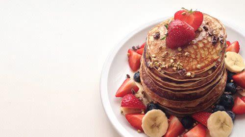 Glutenfreie Quinoa-Bananen-Pancakes