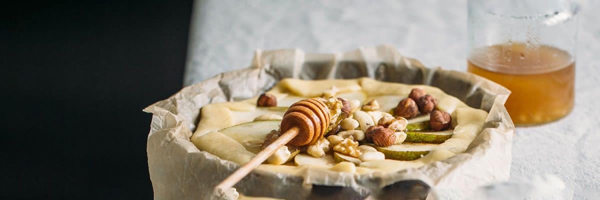 Birnen Tarte mit honig ziegenkäse