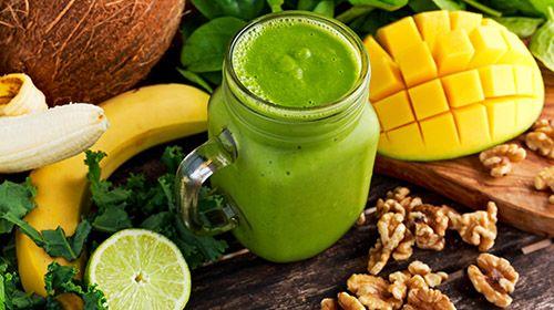 Grüner Mango-Bananen Smoothie