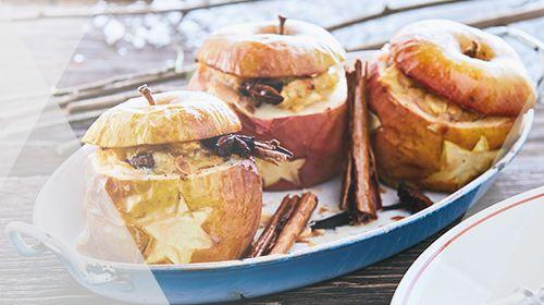 Weihnachts-Bratapfel mit saftiger Superfood-Füllung