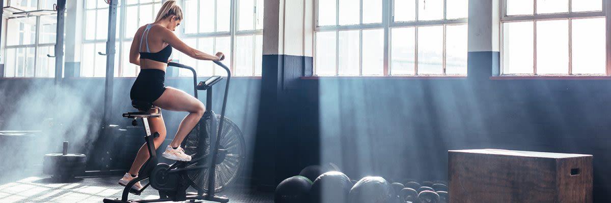 Welches ist besser für Gewichtsverlust Cardio oder Geräte