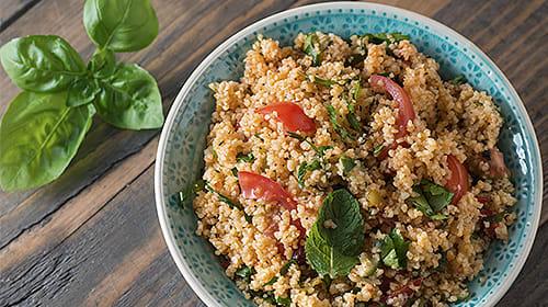 Couscous-Salat mit Sour Creme