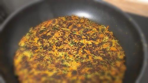 Zucchini Karotten Puffer (vegetarisch mit Ei)