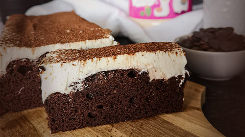Alpaka Kuchen - Schokokuchen mit cremigem Topping