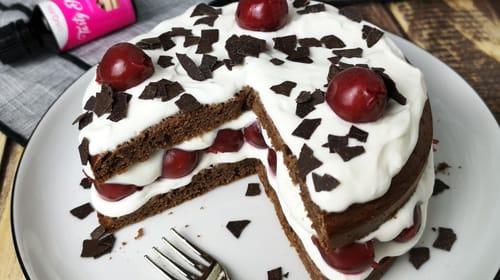 Schwarzwälder Kirschtorte – leicht und kalorienarm!
