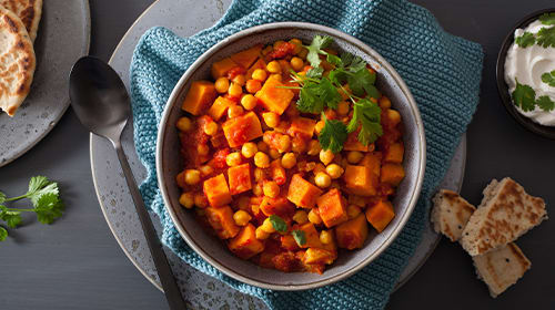 Vegetarisches Süßkartoffel-Curry mit Mango
