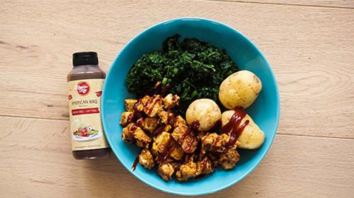 Crunchy Tofu-Nuggets mit Cornflakes Panade und BBQ Sauce